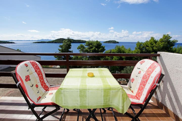 Studio flat near beach Prižba, Korčula (AS-12648-c)