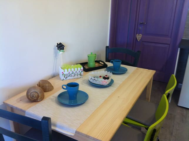Soggiorno-pranzo (Living room)