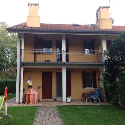 House in nature, 10 min center auto - Padova - Casa