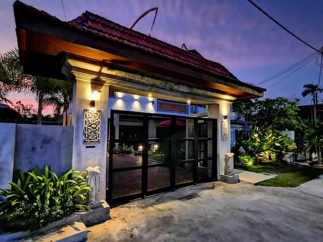 The Samaya Luxury Balinese Private Pool Villa 2BR