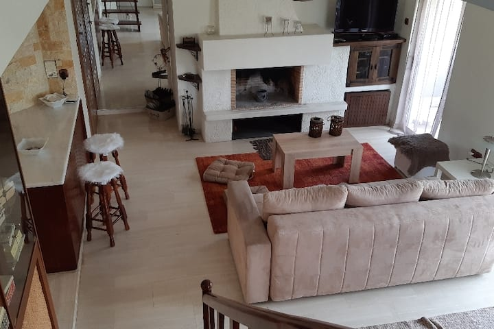 City & Sea 2 floor apartment*wifi*parking*GLYFADA*