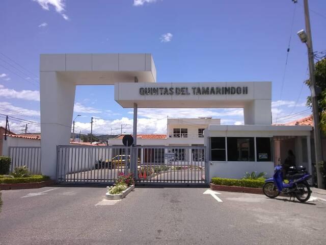 5 MINUTOS FRONTERA VENEZUELA/15 MINUTOS AEROPUERTO