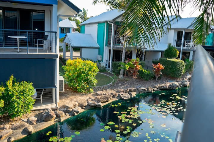 Quaint Resort Villa in Noosaville with Pool