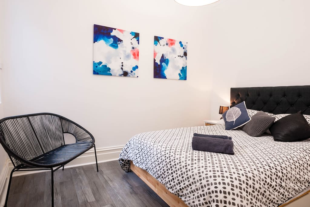 One of the bedrooms - this bed is a queen size with an extremely comfortable pillow top mattress made by Sealy a well known Australian brand.