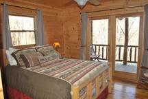 Main Floor Queen Bedroom