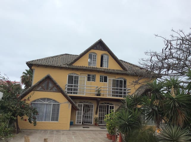 Casa lomas de barbasquillo - Manta - House