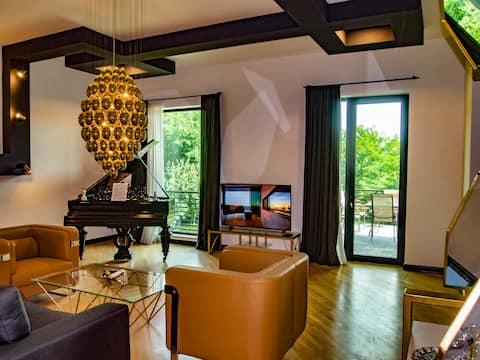 Design House ●| SAMARGULIANI |●