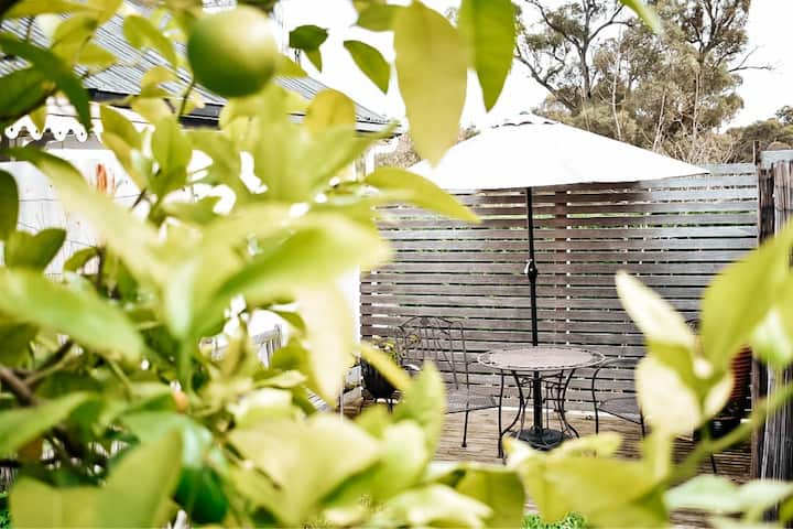 The Spa Cottage - Soak, Relax, Unwind & Rejuvenate