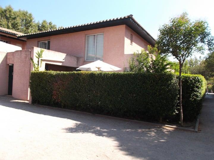 Villa in quiet residence