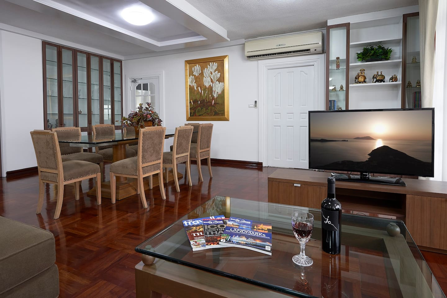 The main room of the apartment, with the kitchen being the door at the far left, and the main bedroom (with En-Suite) being the right hand door.