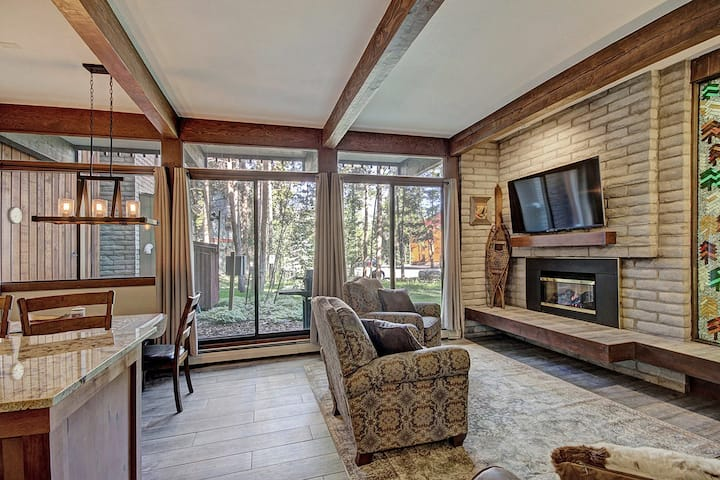 Modern Breckenridge Condo, Walking Distance to Downtown and Lifts! - Tamarisk 103