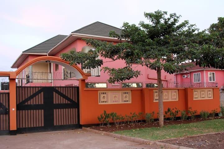 JBG HOUSE ARUSHA