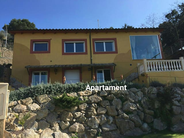 Charming apart. with garden & pool - Begur - Apartment