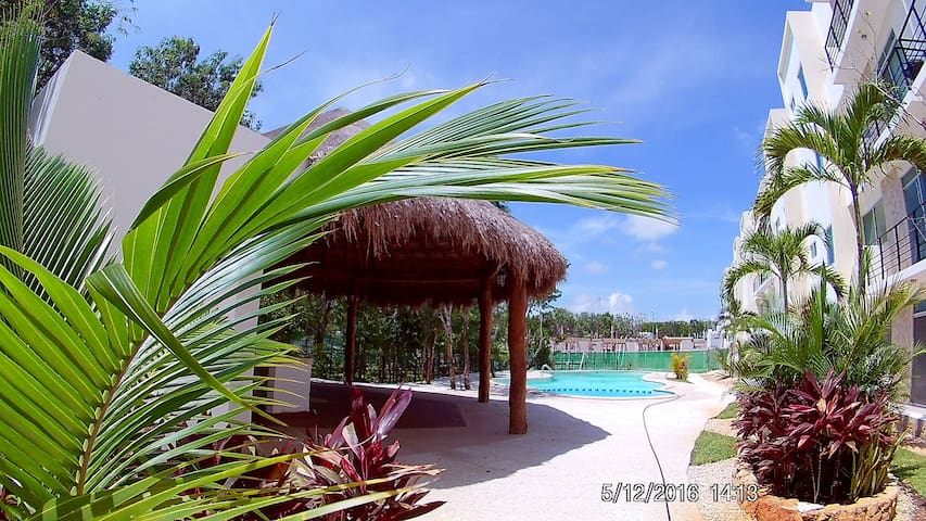Private room w/ bathroom A/C pool - Playa del Carmen