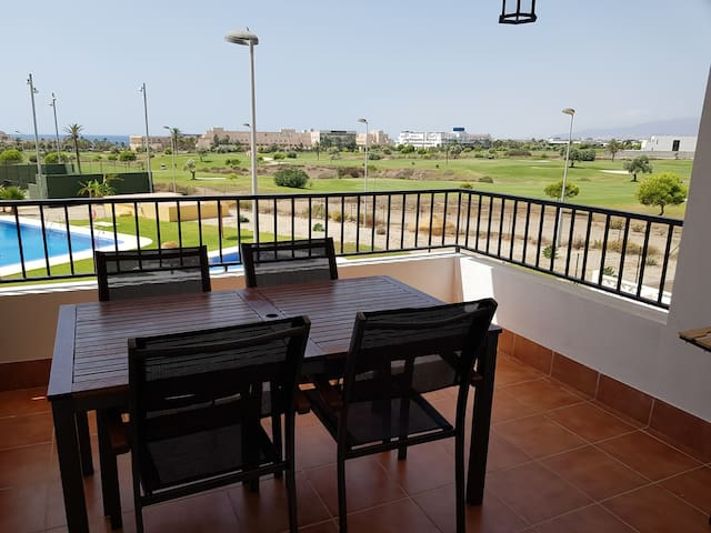 Toyo Apartment with View to the Beach & Golf Camp