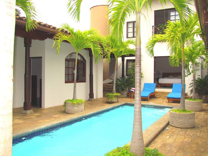 Casa Consulado, Contemporary Luxury
