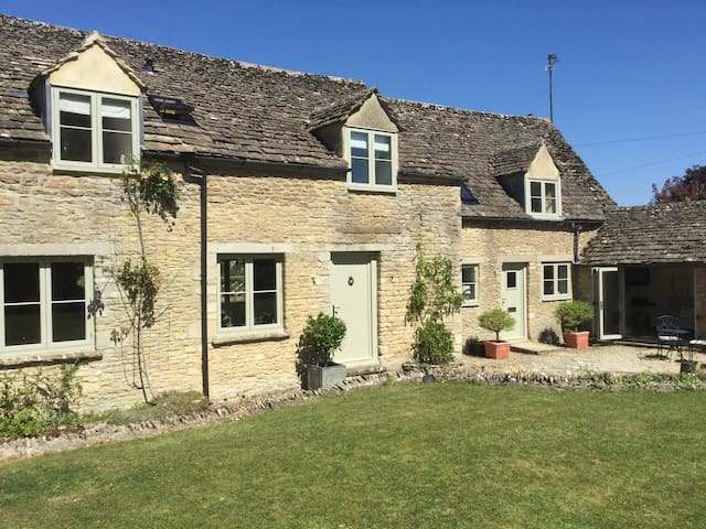 Stable Cottage - near Cirencester - Haus