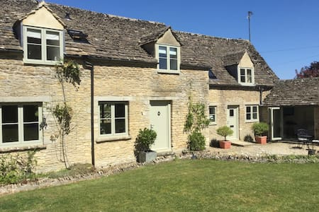 Stable Cottage - near Cirencester - Huis