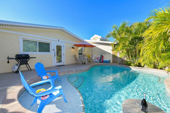 3 bedroom condo, across the street from the beach! Private pool, great location!