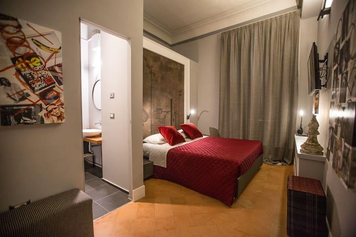 Dimora Storica Palazzo Cannavina - Suite Alfiere - Campobasso - Penzion (B&B)