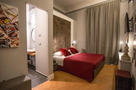 Dimora Storica Palazzo Cannavina - Suite Alfiere - Campobasso - Bed & Breakfast