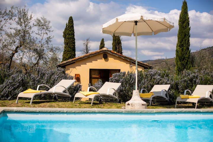 Collina dei Fiori| Private Pool & Tennis Court