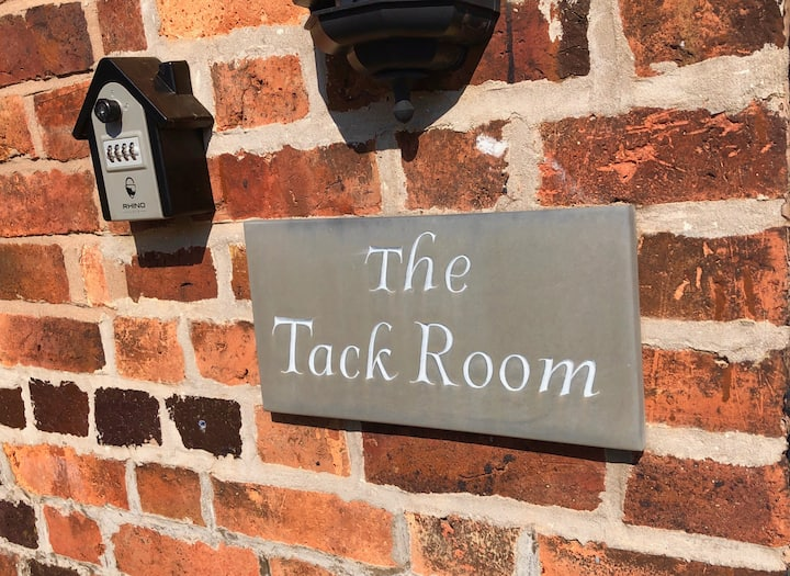 The Tack Room Deluxe Double - Hunt House Quarters