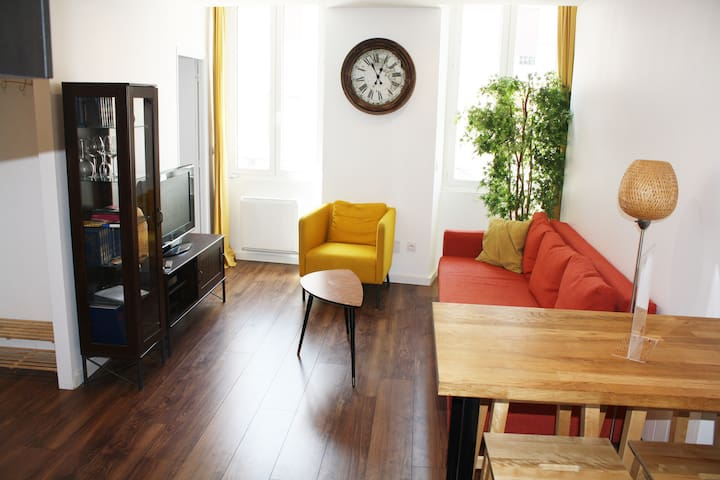 Charming Appartment & Garage in the town center