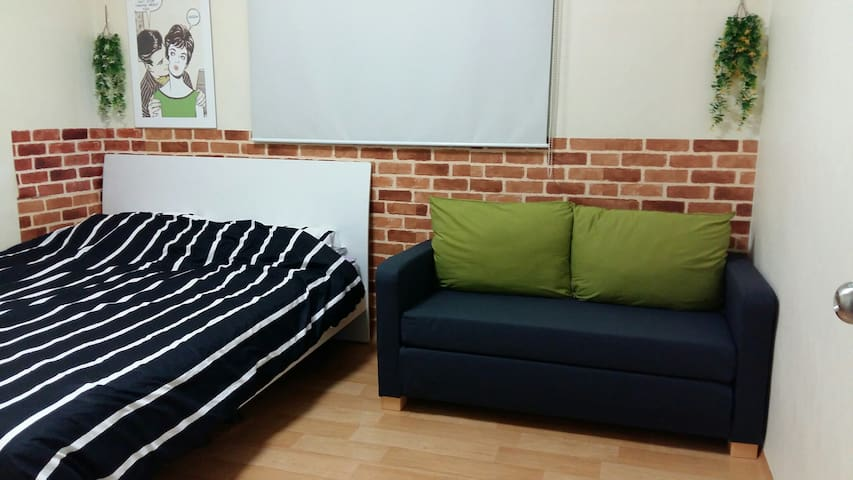 3bedroom APT, 2F, Hongje subway station 1 minute