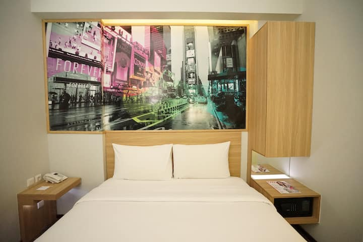 Cleo Hotel Walikota Mustajab - Queen Biz Room