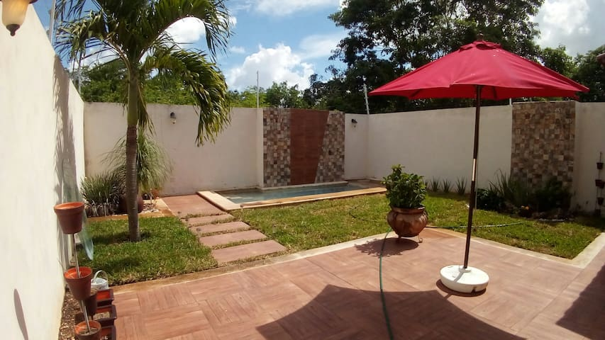 Casa Loob, complete house with pool in Mérida