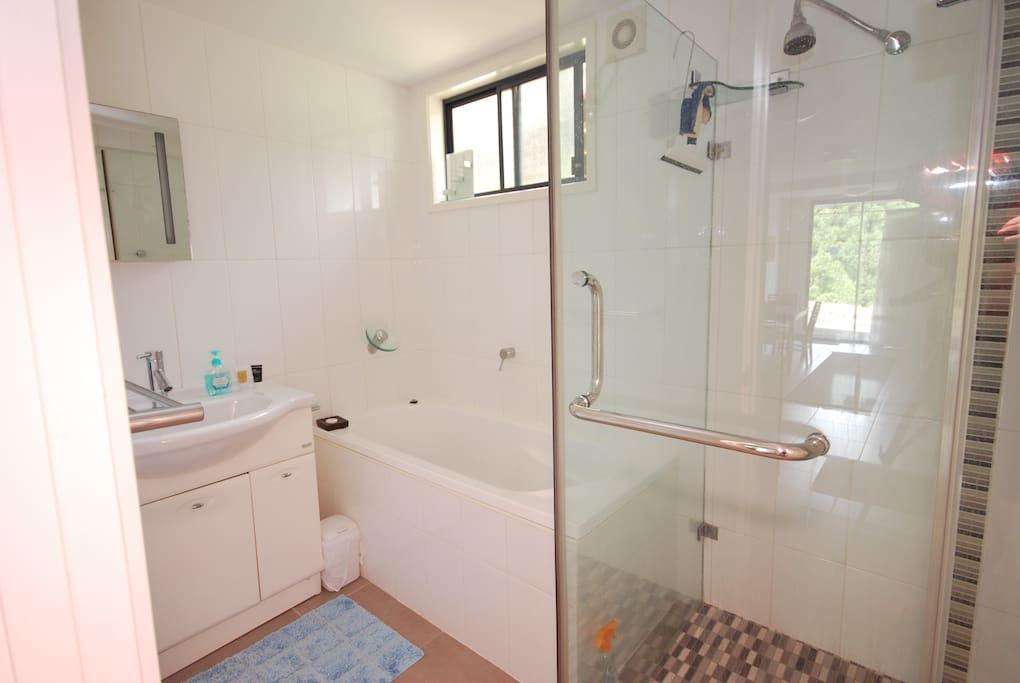 Private bathroom, shower,bath separate toilet