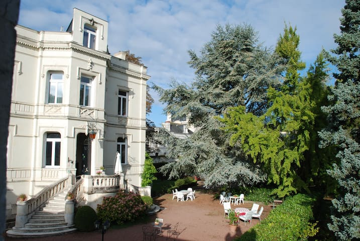 chambres d'hôtes de l'Oie Rouge - Les Rosiers-sur-Loire