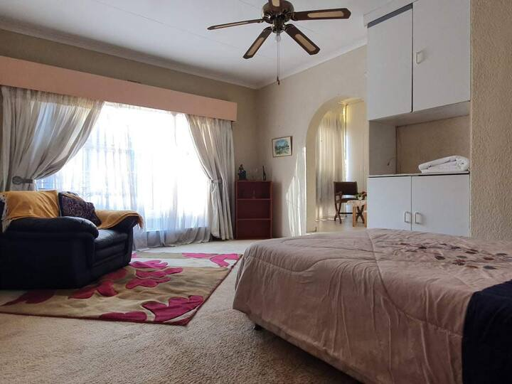 Home Away From Home in Alberton