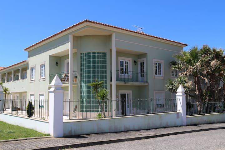 Green&Sea-Beach House with Pool