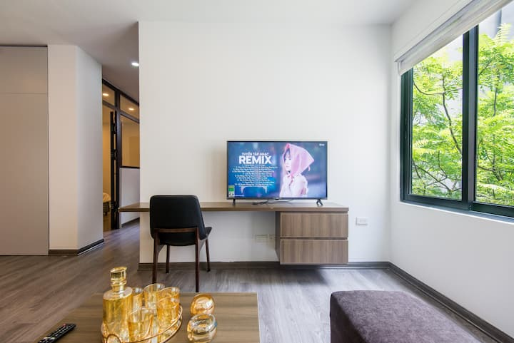 NEW Cozy 1BR APARTMENT in Ba Dinh-Linh Lang str