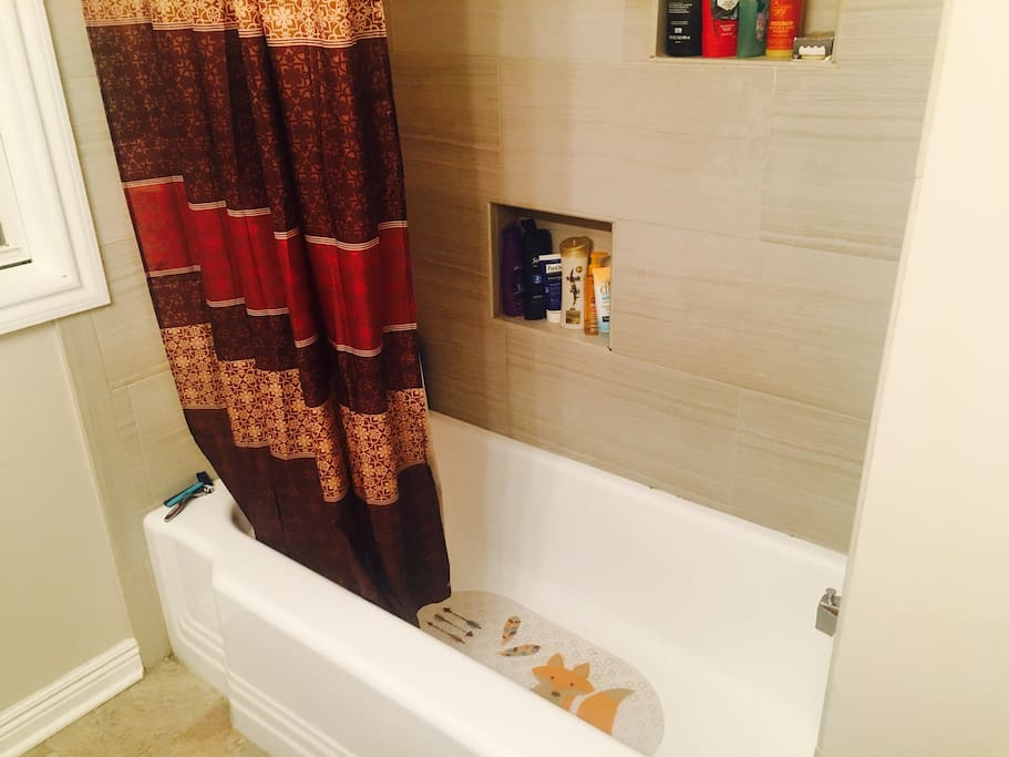 Private Hot Tub Rooms Chicago