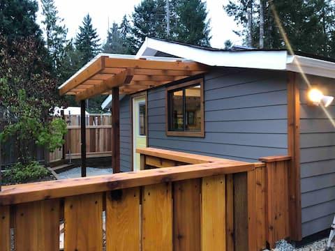 Cozy Studio Cottage
