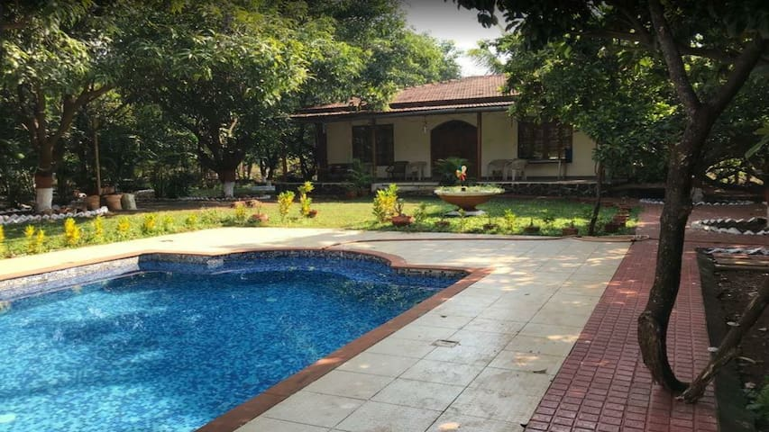Mandewal Farmhouse (all meals included in price)