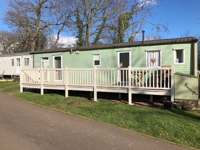 6 Berth Static Home At Carlton Meres Holiday Park