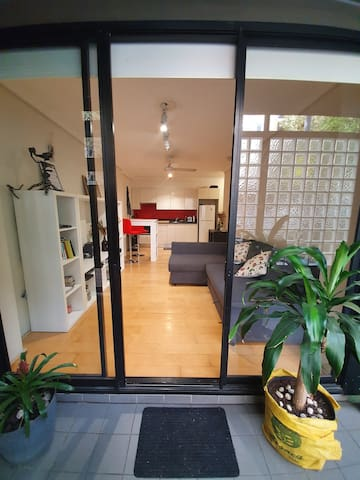 Darlinghurst Cozy 1 Bedroom: Pool,Gym and Rooftop