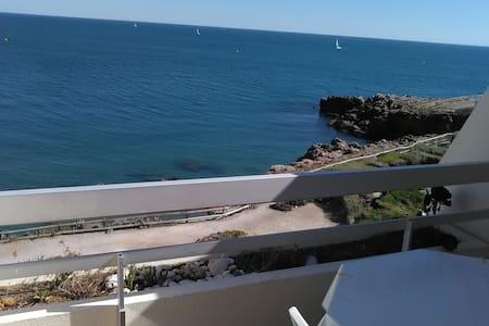!! Appartement standing à Sète , vue sur mer !!