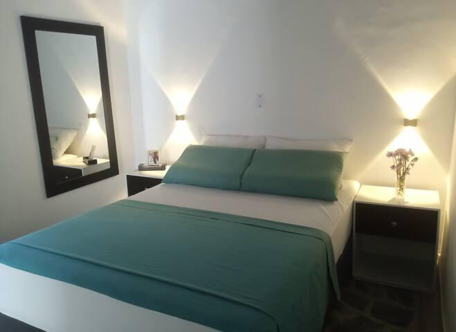 Apartaestudio confortable, excelente ubicación #1