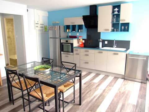 Spacious and comfortable cottage (Fibre/netflix/bikes)