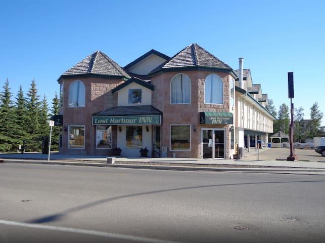Lost Harbour Inn