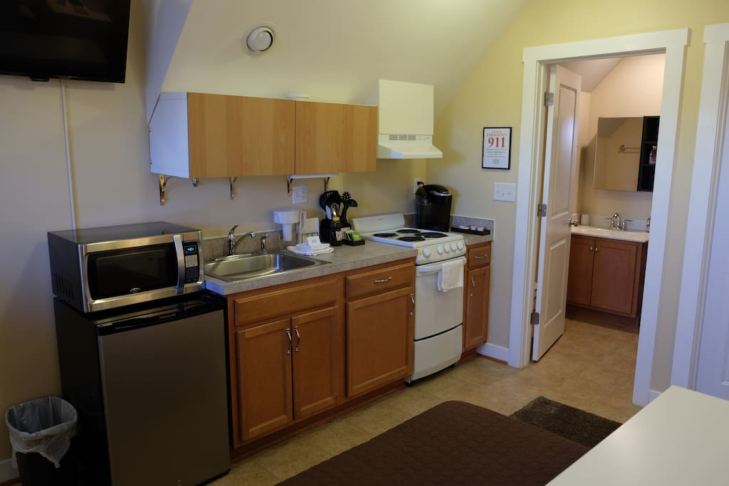 Private 1 bedroom studio apartment apartments for rent for One bedroom apartments in charlottesville va