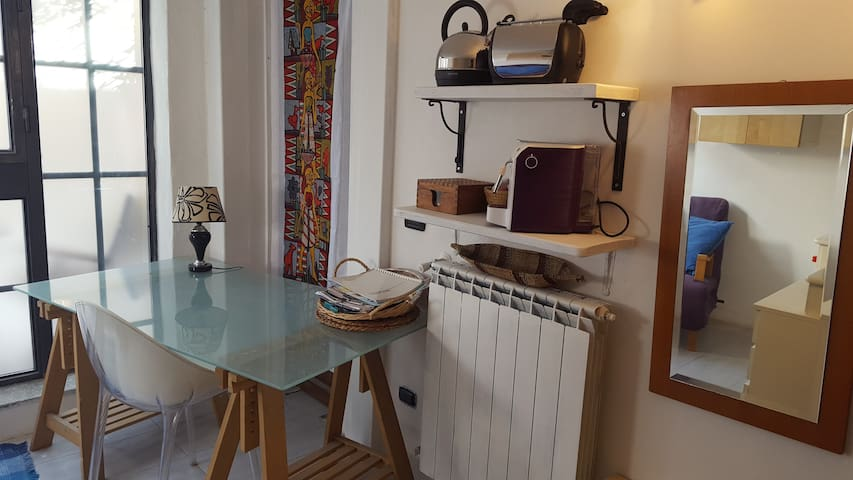 Tv Meubel Avignon Gamma.Nice Room With Private Bathroom Lofts For Rent In Milan