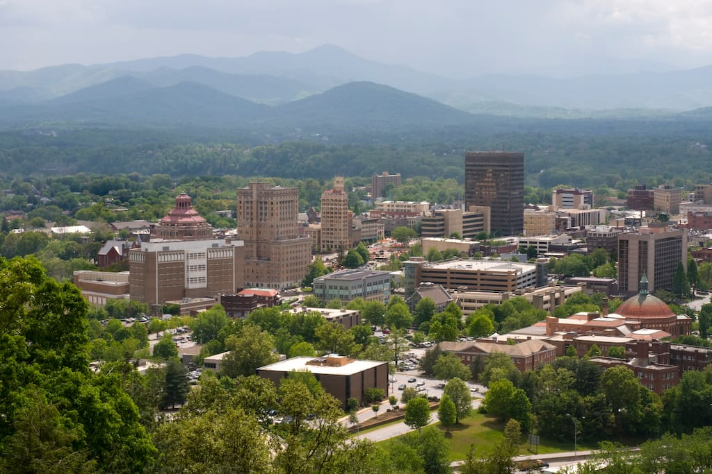 Spend a day in downtown Asheville, located just 30 minutes away, and discover eclectic shops, bookstores, cafes, restaurants, and breweries.