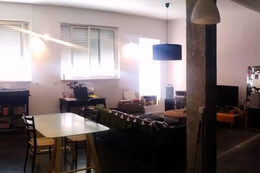 loft la factory lofts louer grenoble auvergne rh ne alpes france. Black Bedroom Furniture Sets. Home Design Ideas