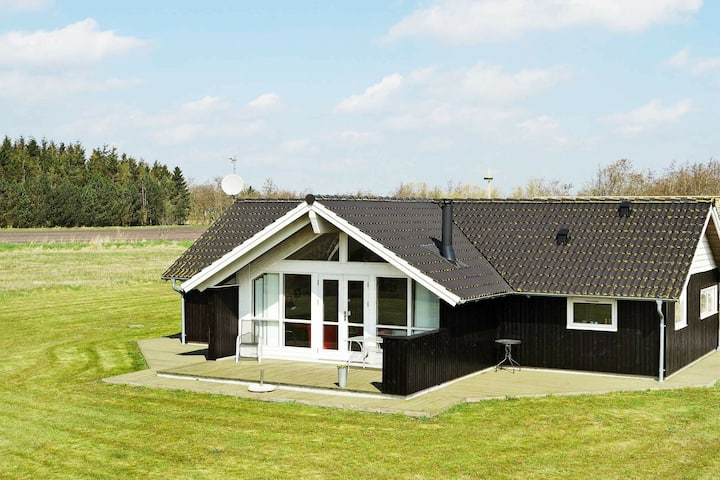 Lovely Holiday Home in Hadsund with Sauna
